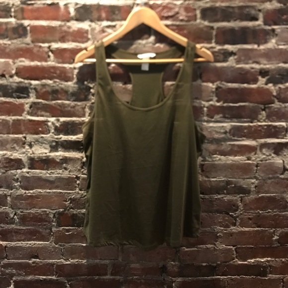H&M Tops - H & M basics army green top